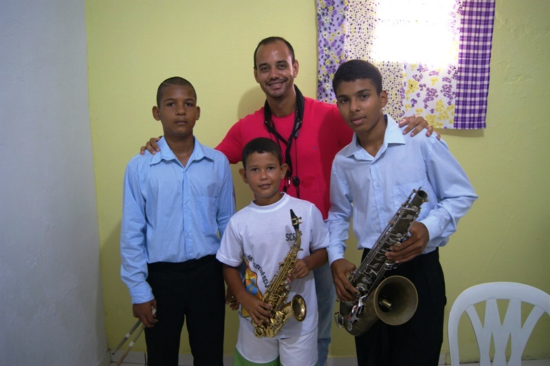 Crianças música 01