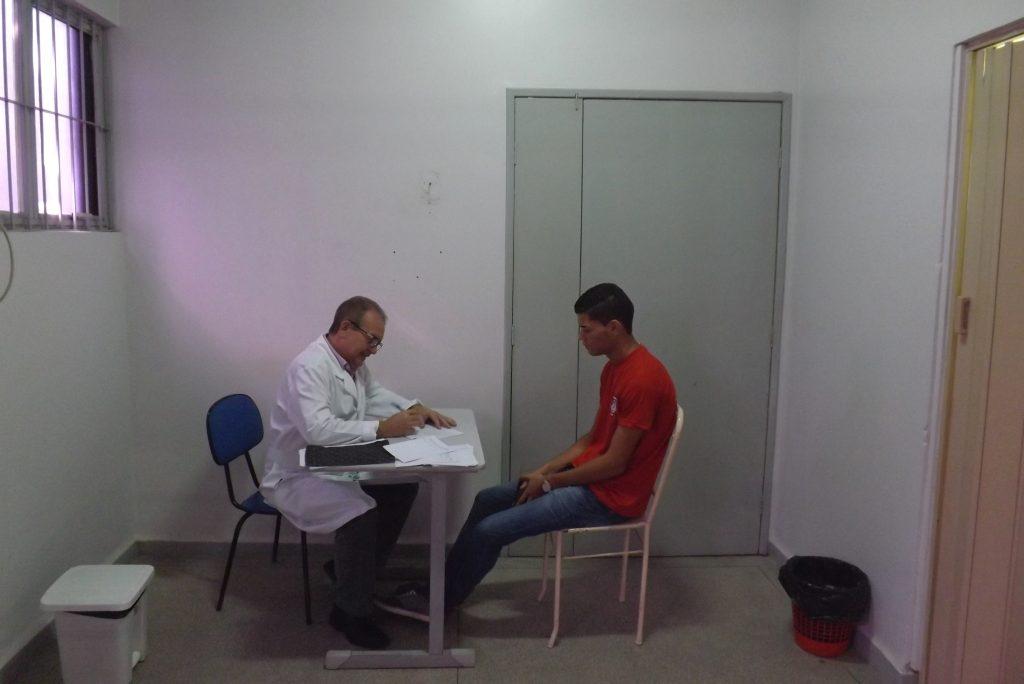 Urologista atenddimento sábado  (02)