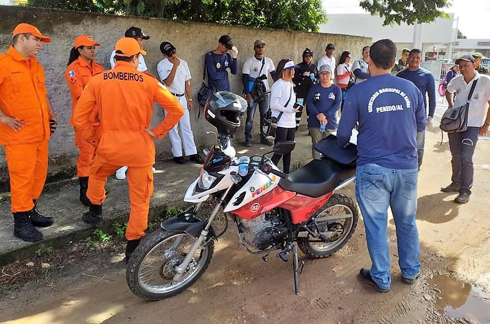 combate à dengue em Penedo